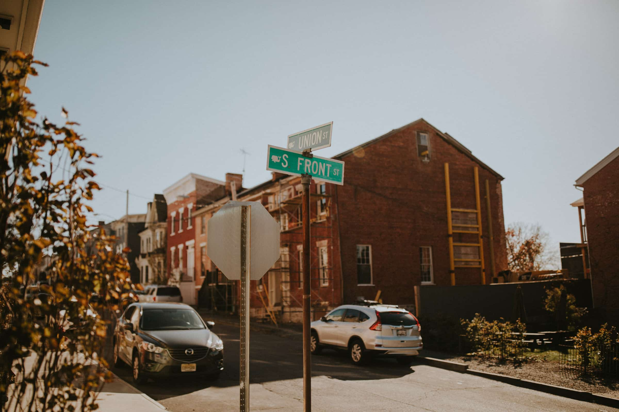 This pictures shows the Union Street in Brooklyn.